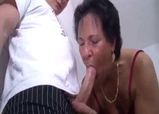 Mommy is amazing when it comes to BJs