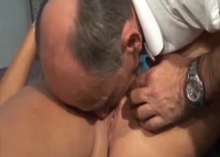 Daddy eating pussy on the floor