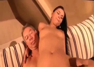 Teen makes out with her hot daddy