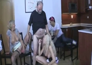 Dad gets blowjob from everyone here