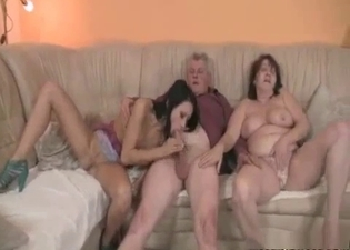 Teen in a 3some with her parents